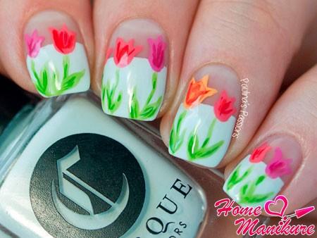 простые рисунки тюльпанов на ногтях