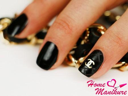 стеганый дизайн в стиле Chanel