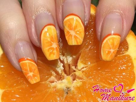 апельсиновый френч на ногтях