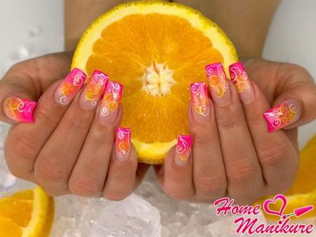 нарощенные ногти с апельсиновым дизайном