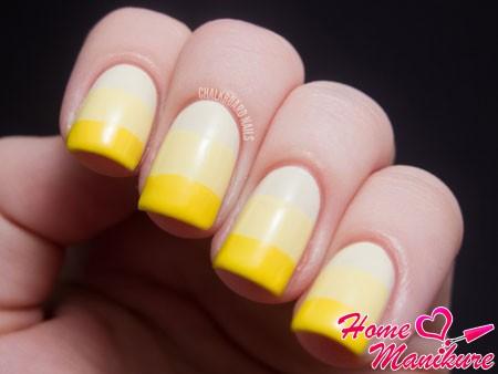 желтый трехцветный нейл-арт